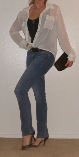 Faded Skinny Jeans & Slouchy White Button-Up